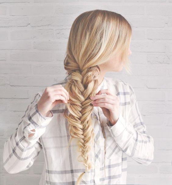 """Как плести косу """"рыбий хвост"""": учимся делать стильное плетение на все случаи жизни - фото №1"""