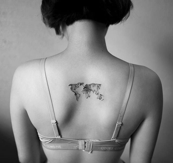 татуировка карта мира