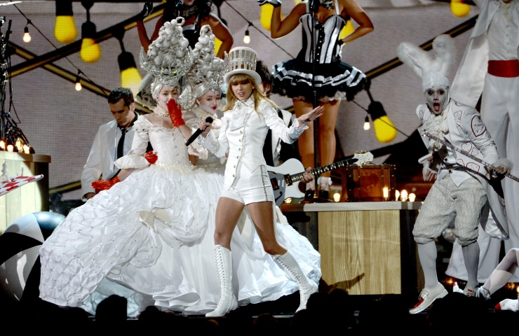 Grammy 2013: победители и красная дорожка. Фото - фото №1