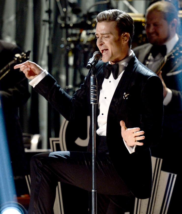 Grammy 2013: победители и красная дорожка. Фото - фото №6