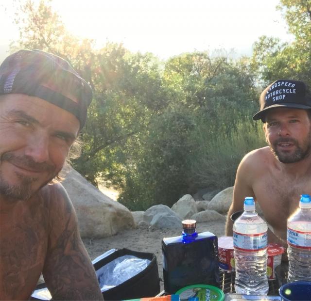 Отдых по-мужски: Дэвид Бекхэм исколесил США на мотоцикле (ФОТО) - фото №1