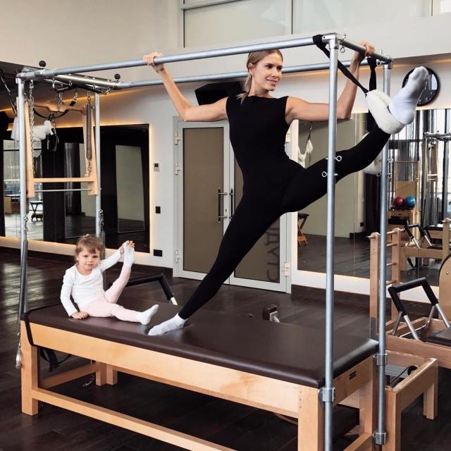 Елена Перминова с дочкой
