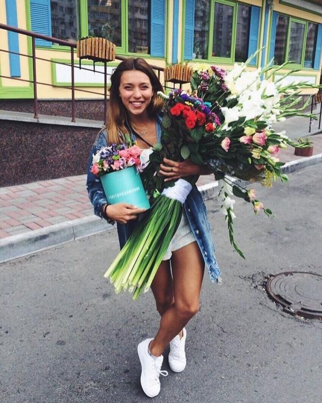 Ведущая Регина Тодоренко стала видеоблогером (+ВИДЕО) - фото №1