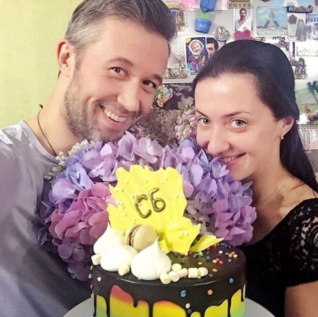 Сергей Бабкин показал архивные кадры со свадьбы и рассказал про экспрессс-торжество (ФОТО) - фото №2