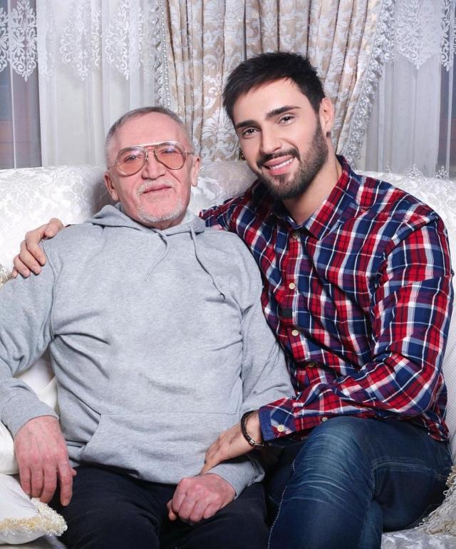 Виталий Козловский трогательно поздравил отца с днем рождения (ФОТО) - фото №1