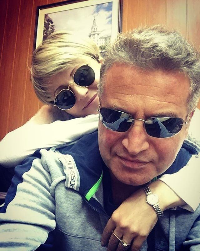 Леонид Агутин опроверг громкую ссору с Анжеликой Варум посреди концерта - фото №1