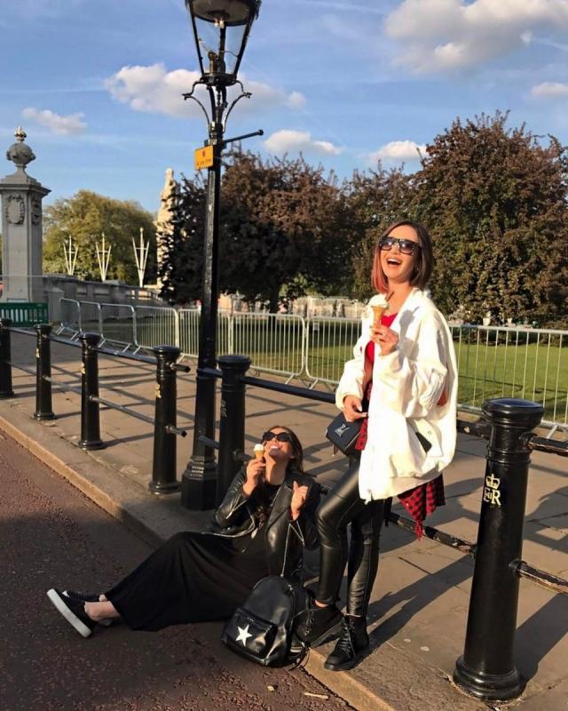 Ольга Бузова оторвалась в Лондоне с Ириной Дубцовой, которую считает своей сестрой (ФОТО) - фото №1