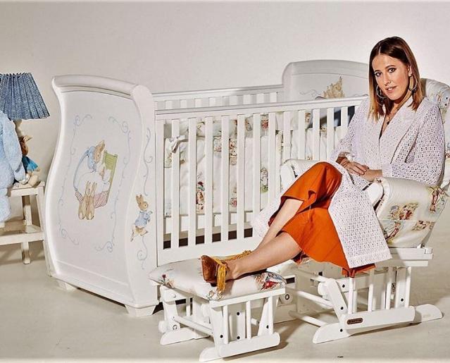 Телеведущая Ксения Собчак впервые показала 6-месячного сына Платона! (ФОТО) - фото №2