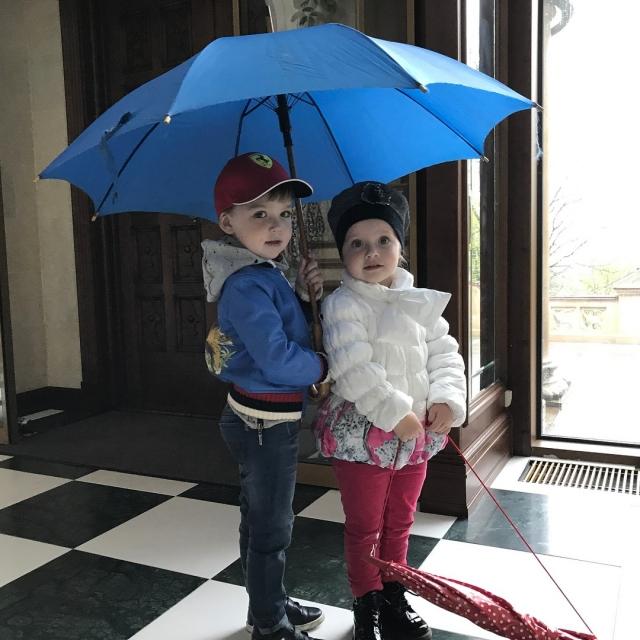 Максим Галкин умилил соцсети фото подросших 3-летних двойняшек Гарри и Лизы (ФОТО) - фото №1
