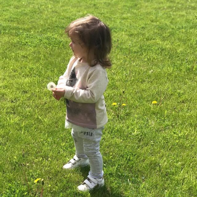 Ксения Бородина впервые показала лицо младшей дочери Теоны (ФОТО) - фото №1