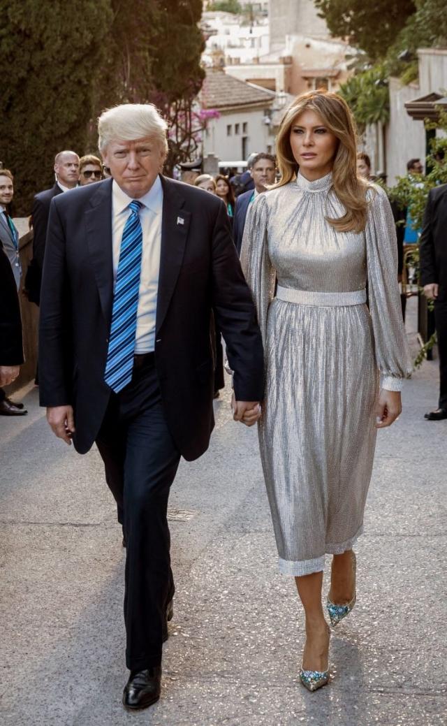 Как выглядели самые дорогие образы Мелании Трамп: разбор гардероба первой леди - фото №1