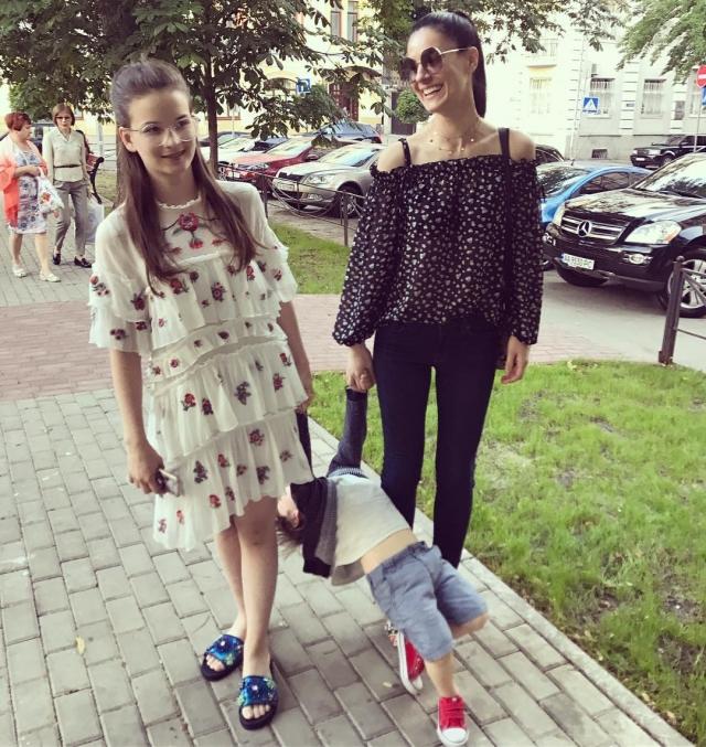 Маша Ефросинина растрогала соцсети новым ФОТО с подросшим сыном Сашей - фото №2