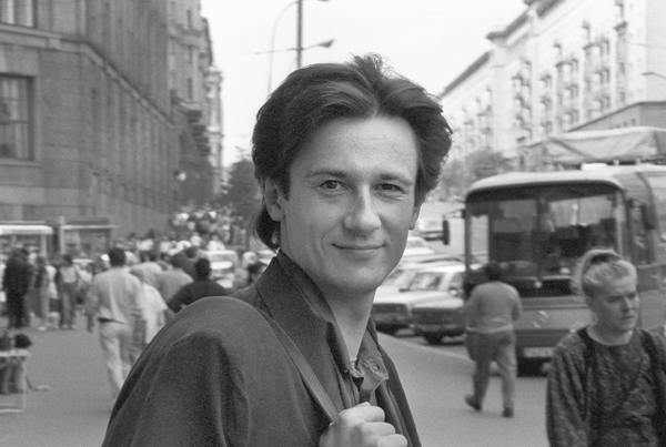 Олег Меньшиков - фото №2