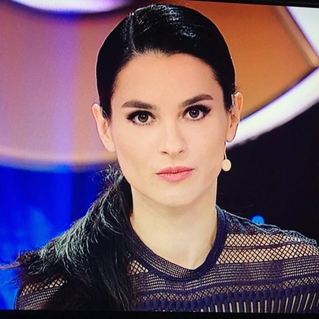 Отпуск без грима: Маша Ефросинина решила отказаться от косметики и дорогих нарядов - фото №1
