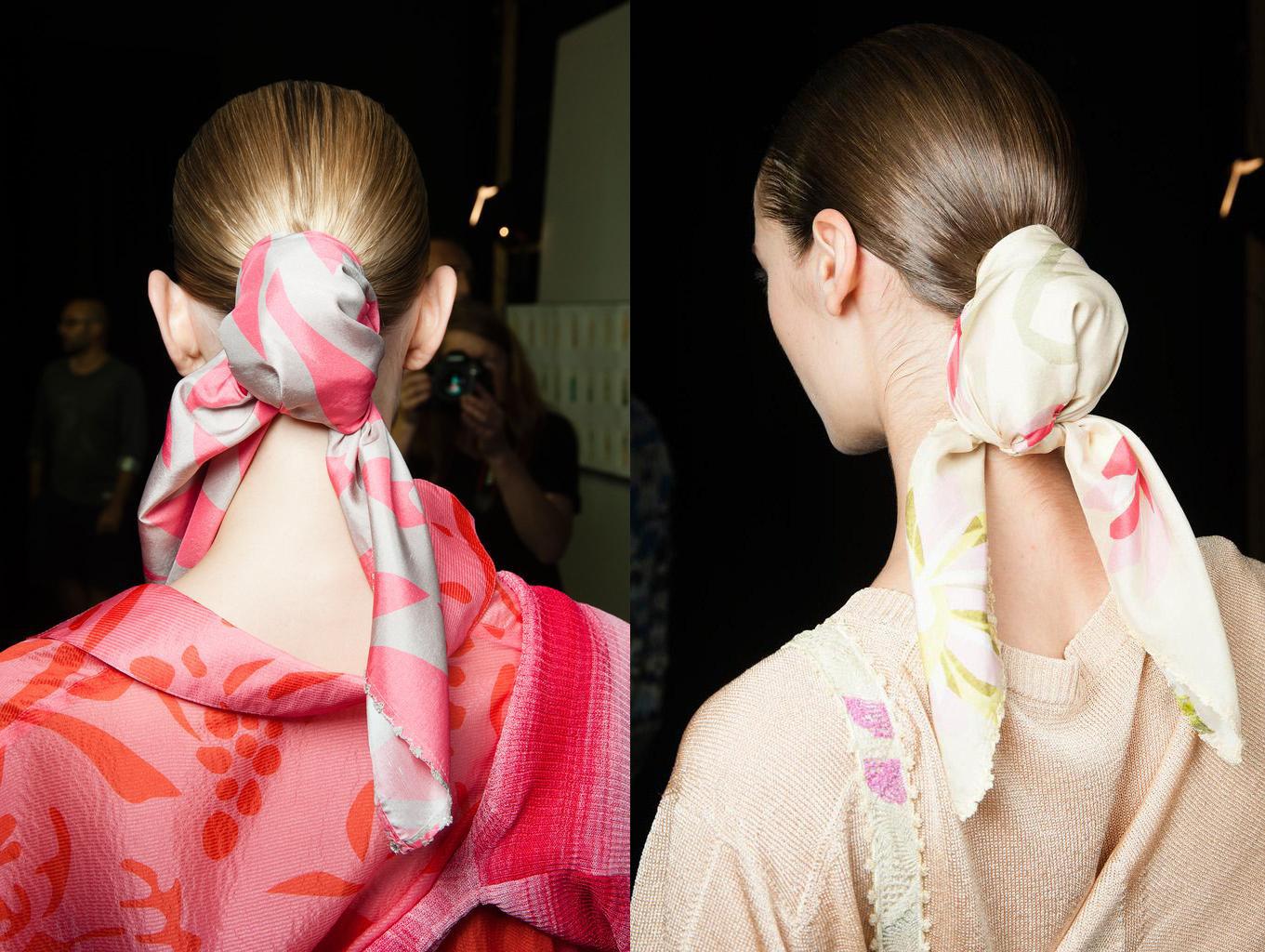Шелковые платки – как носить? - фото №2