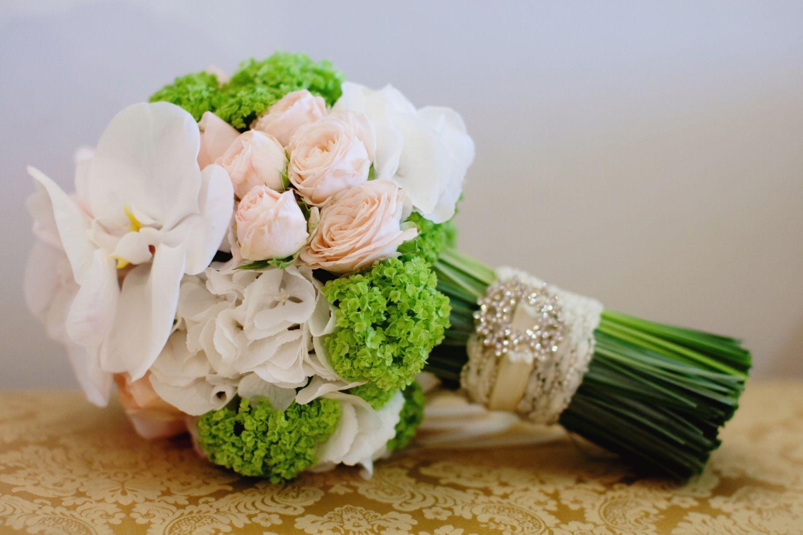 Самые модные свадебные букеты 2013 - фото №2