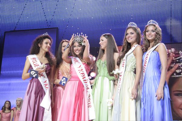 Почему девушка из Одессы всегда популярнее участницы из Жмеринки. Интервью с первым директором конкурса «Мисс Украина» - фото №6