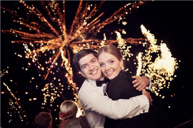 Топ 5 способов эффектно завершить свадьбу - фото №1