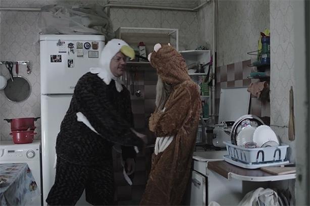 смотреть онлайн клип обезьяна и орел