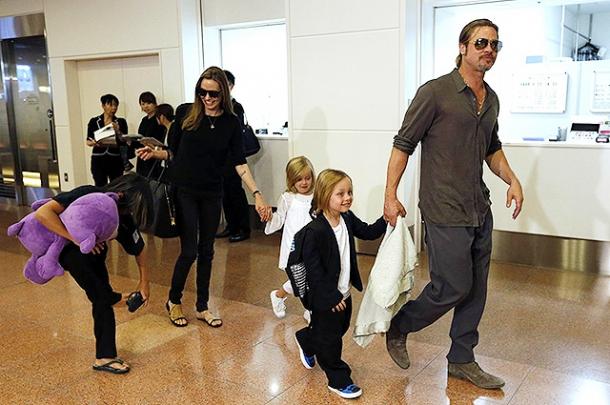 Анджелина Джоли потребовала у Питта регулярно проверяться на наркотики - фото №1