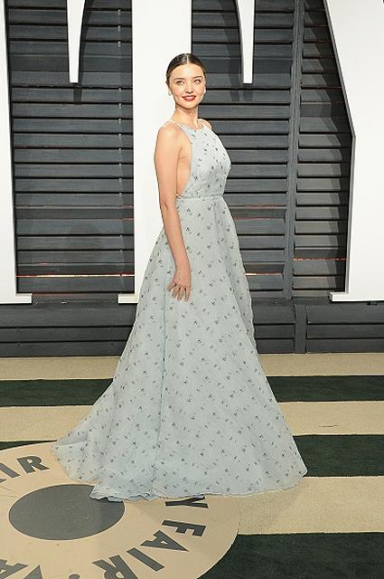Afterparty Оскар 2017: рассматриваем бьюти-образы звезд на киновечеринке года (Vanity Fair) - фото №8