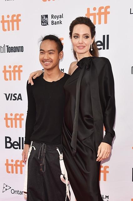16-летний приемный сын Анджелины Джоли дал первое интервью: Моя мама — чудо - фото №2