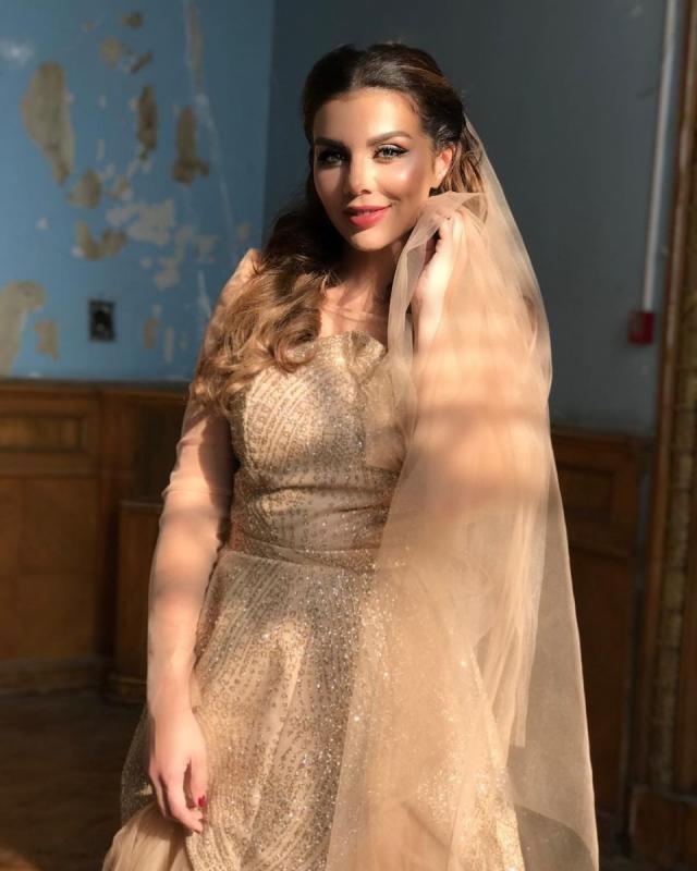 Анна Седокова стала восточной невестой: певица похвасталась необычным нарядом для свадьбы (ФОТО) - фото №1