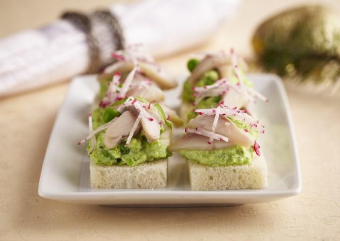 Бутерброды к новогоднему столу: топ 10 вариантов - фото №1