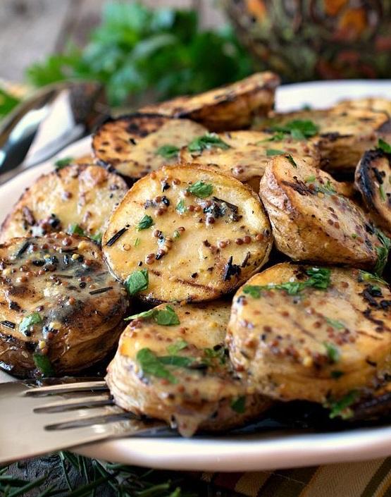 10 лучших рецептов блюд, приготовленных на углях - фото №3