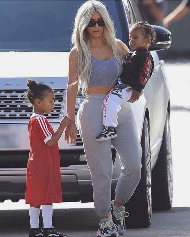 Кардшьян с детьми