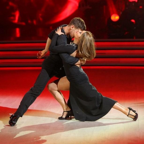 победитель танцы со звездами 2017