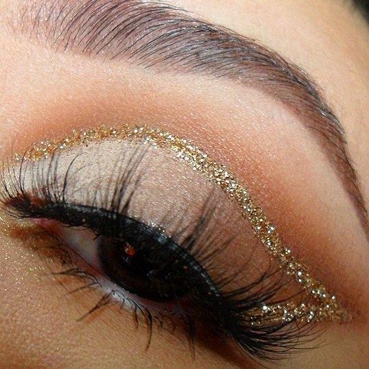 Самый популярный макияж на Новый год по версии Pinterest - фото №1