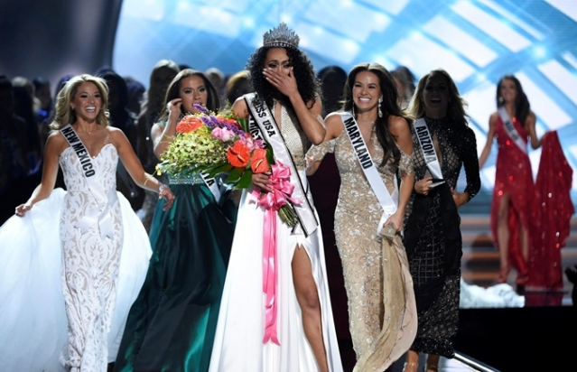 """Обладательницей титула """"Мисс США-2017"""" стала физик-ядерщица (ФОТО) - фото №2"""