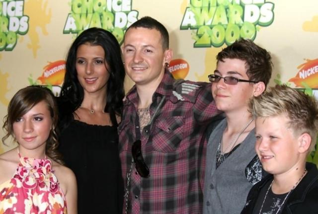 """Вдова повесившегося солиста Linkin Park: """"Наконец-то он свободен от своих страданий"""" - фото №2"""