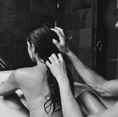 эротический массаж в ванне