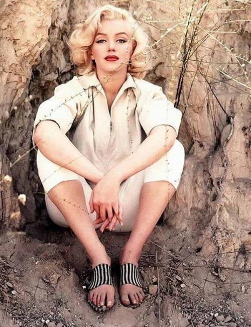 Редкие снимки Мэрилин Монро: взгляд на красоту глазами фотографа актрисы - фото №4