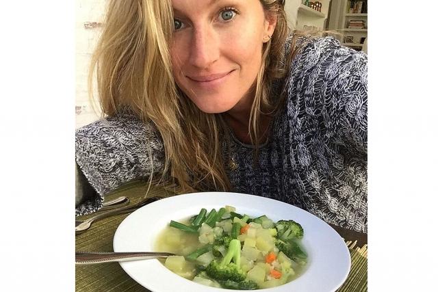 Антивозрастная диета: что такого съесть, чтобы помолодеть - фото №1