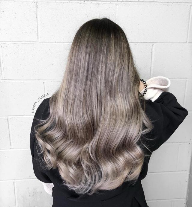 10 вариантов модного серого окрашивания волос - фото №3