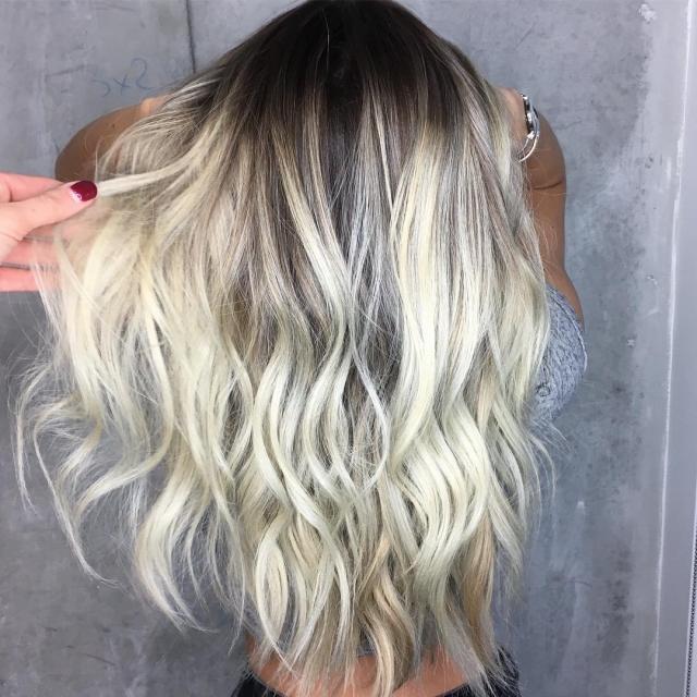10 вариантов модного серого окрашивания волос - фото №9