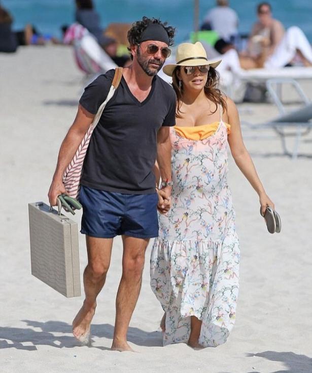 Ева Лонгория с мужем