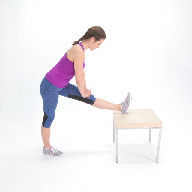 6 лучших упражнений на растяжку для тех, кто работает сидя - фото №3