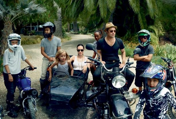 Как Джоли и Питт воспитывают своих детей: порядки хиппи-коммуны и посещение психолога - фото №2
