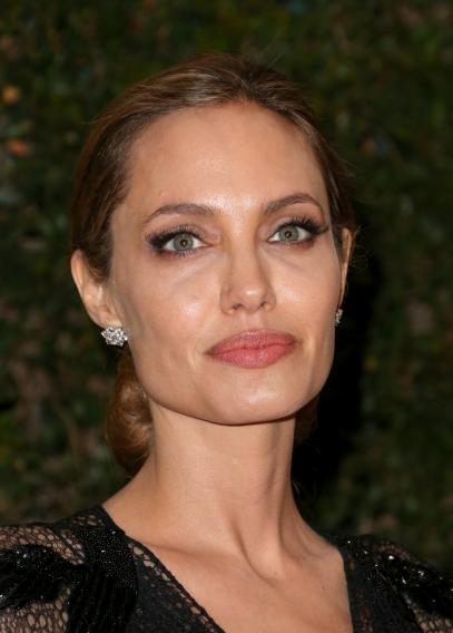 Когда завершать карьеру: Анджелина Джоли уходит из кино - фото №3