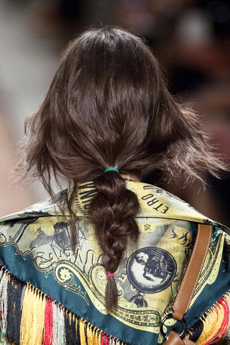 Растрепанная укладка как главный hair-тренд этого лета (+ПОДБОРКА СРЕДСТВ) - фото №6
