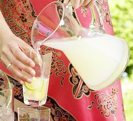 Топ 5 рецептов детских напитков для пикника - фото №4