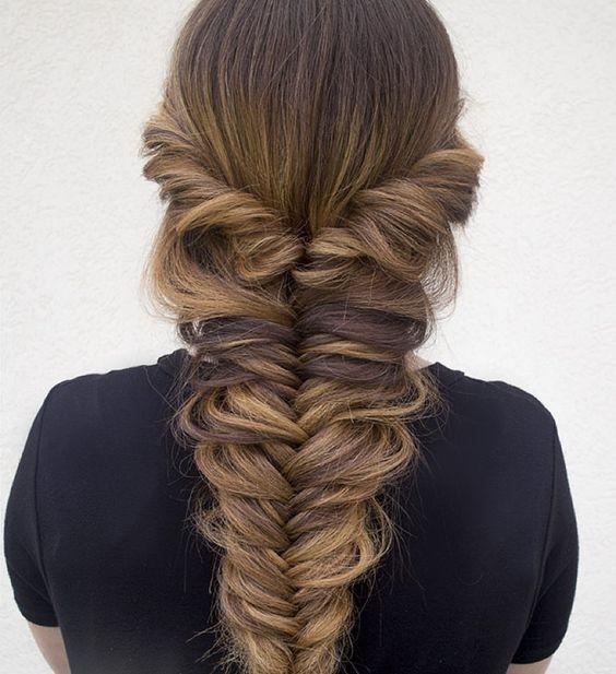 """Как плести косу """"рыбий хвост"""": учимся делать стильное плетение на все случаи жизни - фото №8"""
