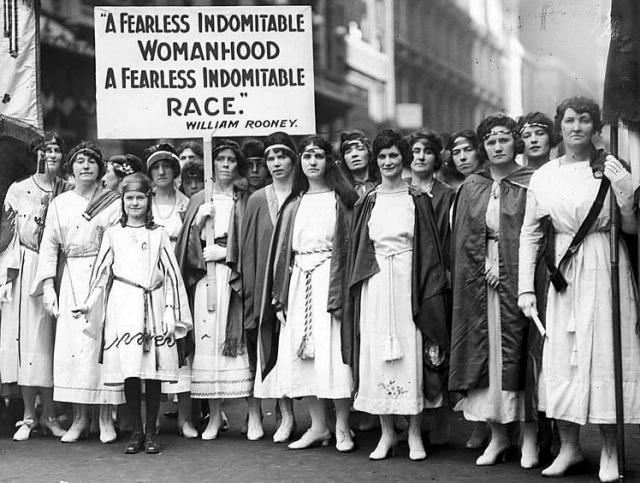 Международный женский день: история столетней борьбы за женские права - фото №4