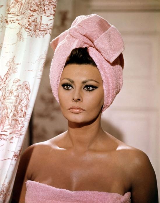 Уроки красоты от знаменитых женщин - фото №1