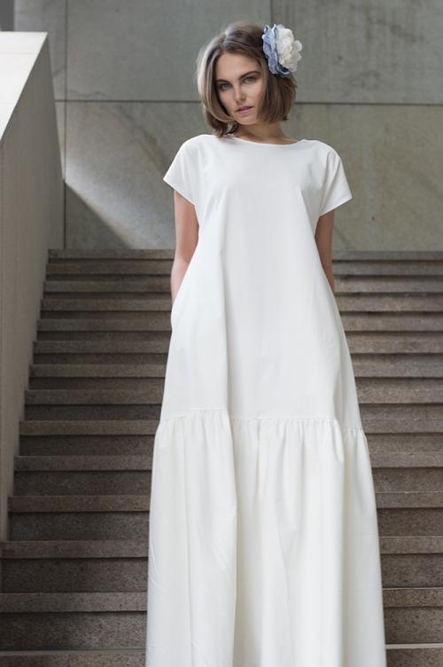 Белое хлопковое платье от бренда USHAKOVAdesign