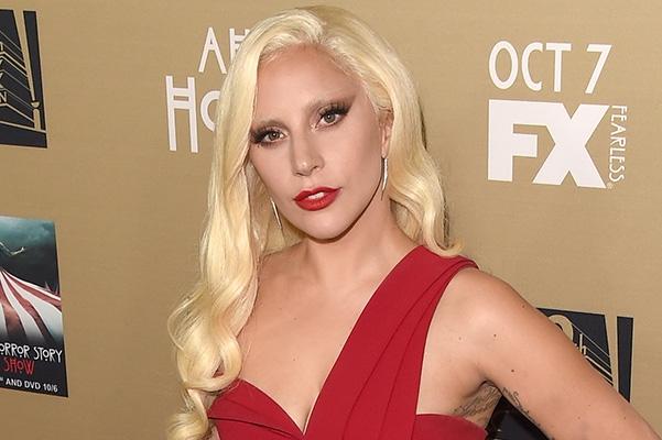 Леди Гага рассказала, как восстановила психику после жуткого изнасилования - фото №1